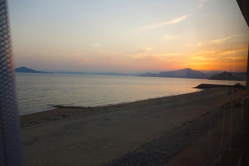 夕焼けが美しいサンビーチおきみからの展望